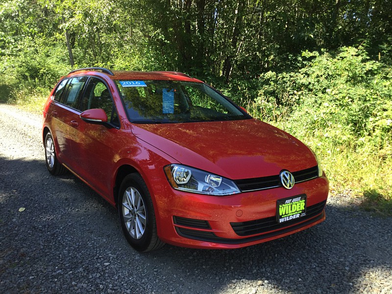 pre owned 2016 volkswagen golf sportwagen 4d wagon tsi s 5spd station wagon in port angeles. Black Bedroom Furniture Sets. Home Design Ideas