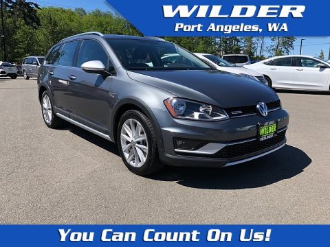 Certified Pre-Owned 2017 Volkswagen Golf Alltrack 4d Wagon TSI S 4motion Auto